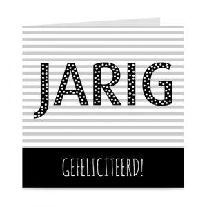 verjaardagskaart met JARIG in grote letters