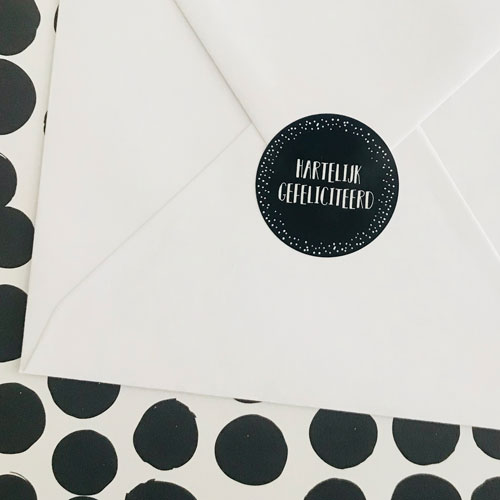 ronde sticker | hartelijk gefeliciteerd | zwart