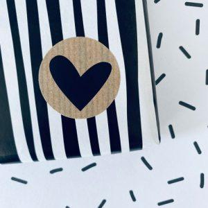 ronde sticker | hartje | kraft-zwart