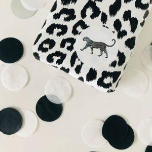 ronde sticker | luipaard | wit-zwart