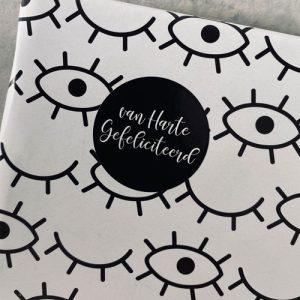 ronde sticker | van harte gefeliciteerd | zwart-wit