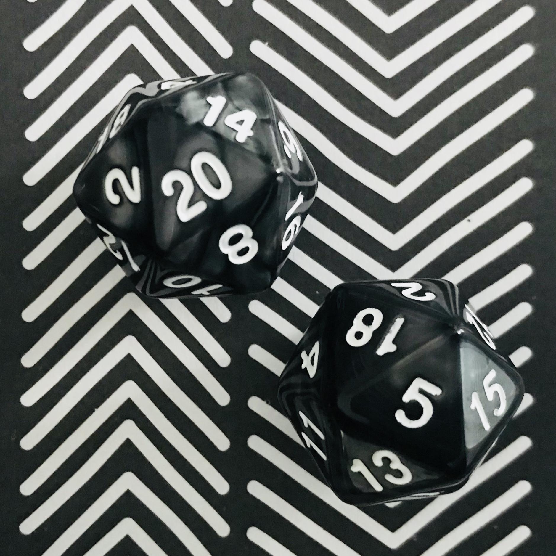 spel | dobbelstenen | 20-zijdig | zwart | 2x